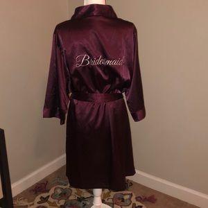 NWOT Burgundy Bridesmaid Robe